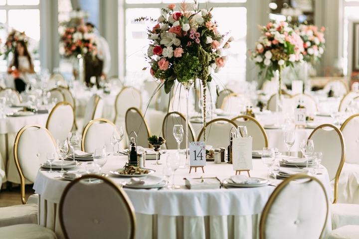 5 Party Rental Tips for Your Autumn Wedding