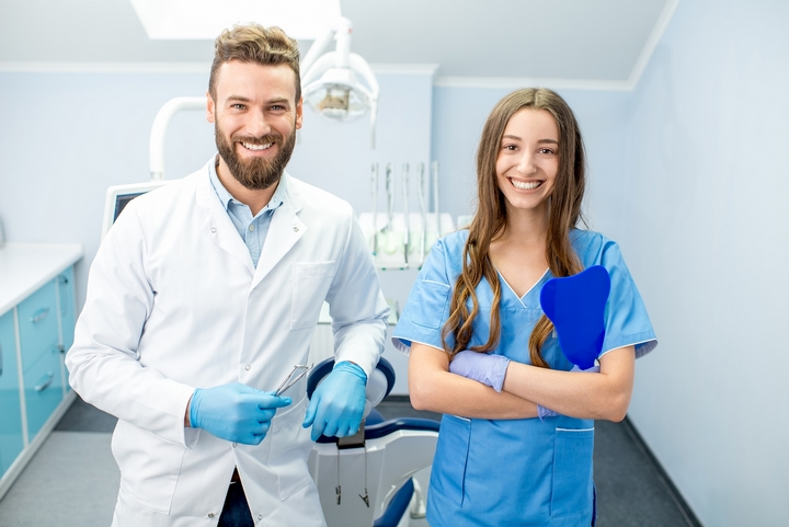 5 Advantages of Becoming a Dental Assistant